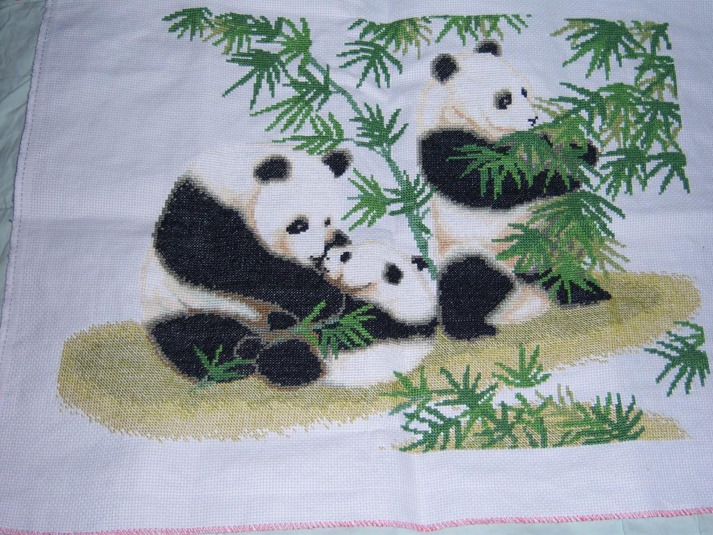 幼儿园毛线粘贴画熊猫