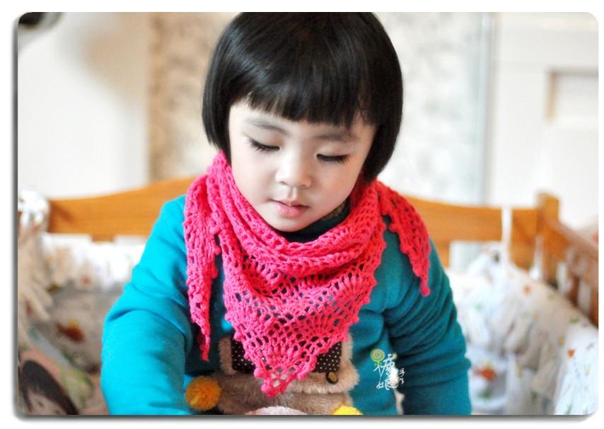 """红""""三角小围巾"""
