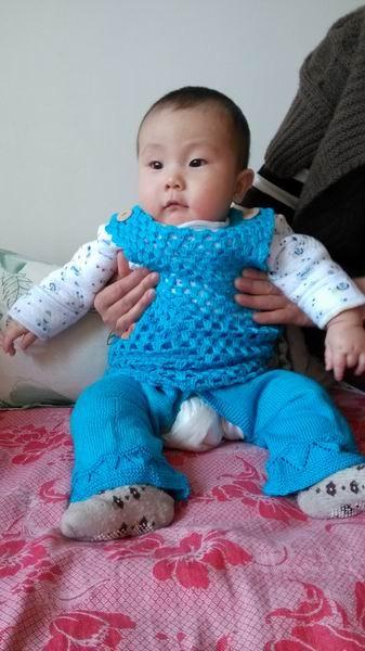 一套宝宝衣服开衫 裤子 背心 适合1-2岁