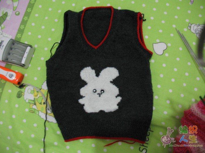 织的儿童背心(小白兔)