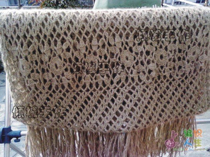围巾(单元花图解上传完毕)    1,钩6条由6个单元方形花组成的带状花