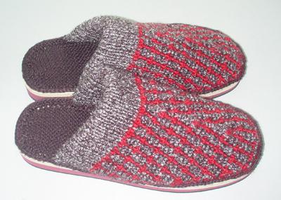 最近狂织毛线拖鞋