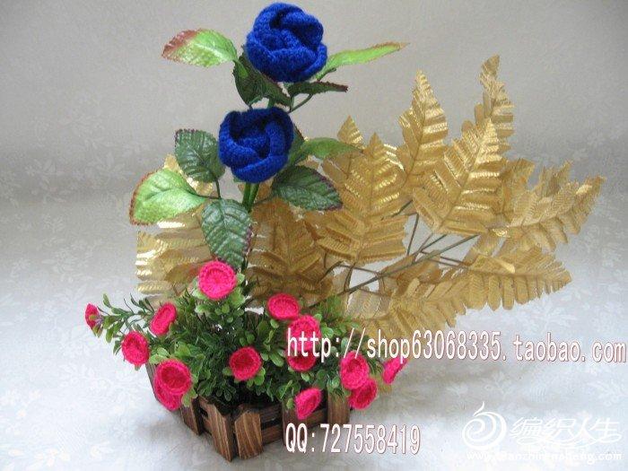 2朵蓝玖瑰 16朵小太阳花 木花栅栏花器=68元,高33CM_conew3.jpg