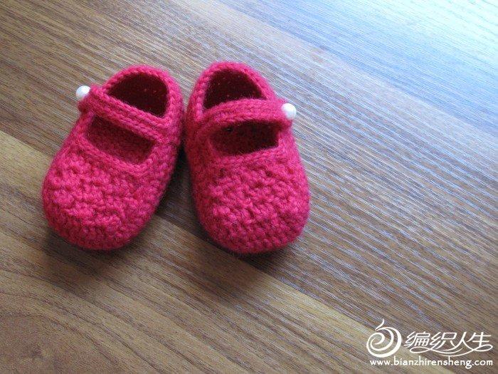 大红的宝宝鞋