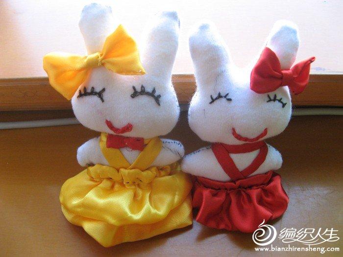 用手套做的小兔子