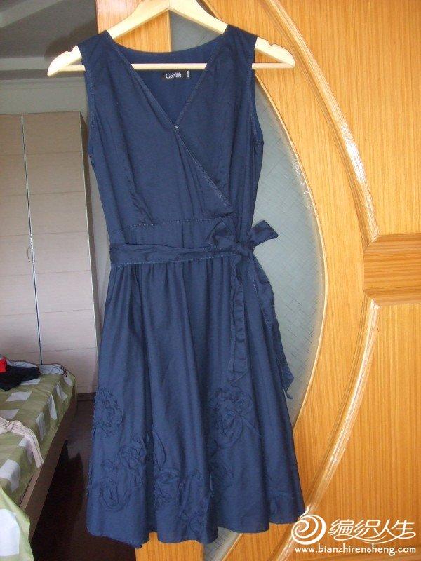 简品牌藏青色全棉连衣裙,M码,只穿过一次,原价188元,现价30元,