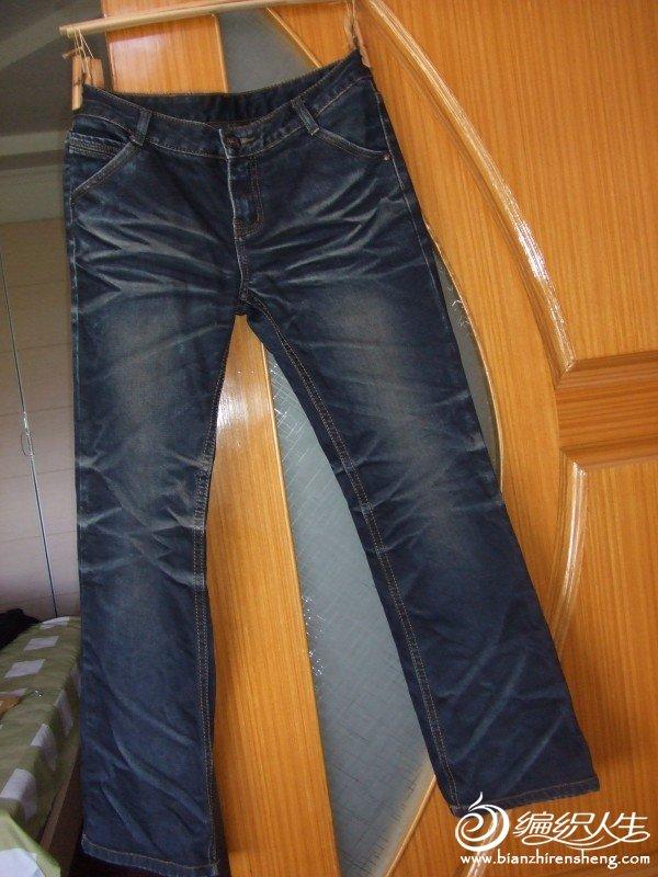 牛仔裤,M码的,全棉的,只穿过二回,原价110元,现价35元