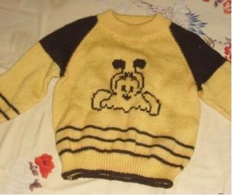 宝宝的衣服1.jpg