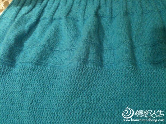 用羊绒织的连衣裙,还没有完工,期待中。