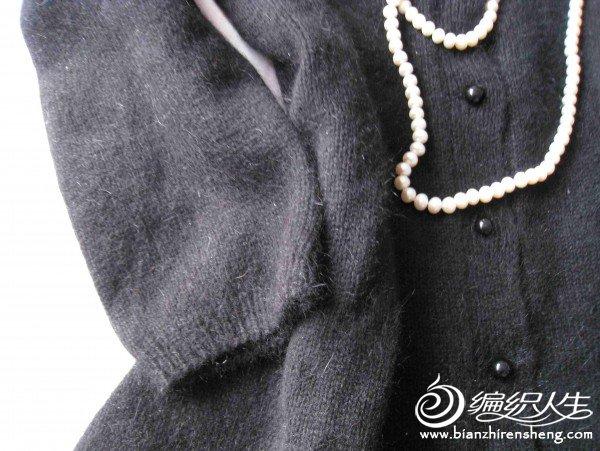 黑色兔绒衣3.jpg