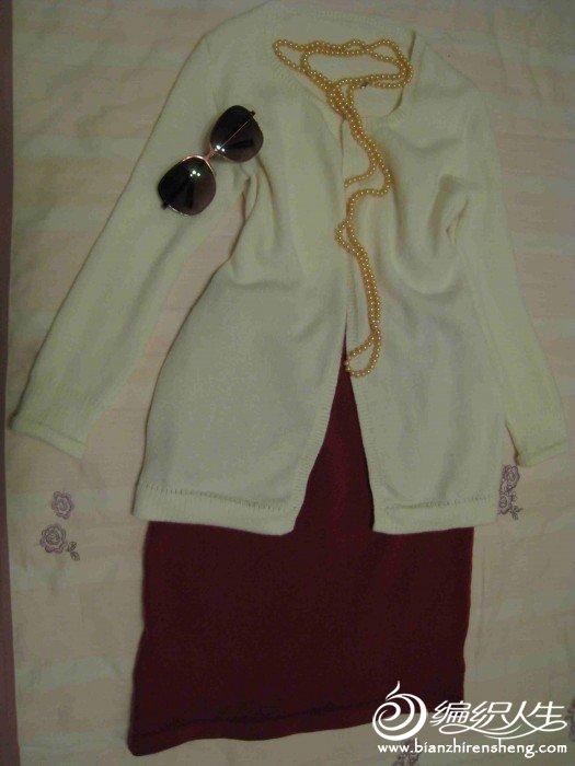 白色羊绒衫5.jpg