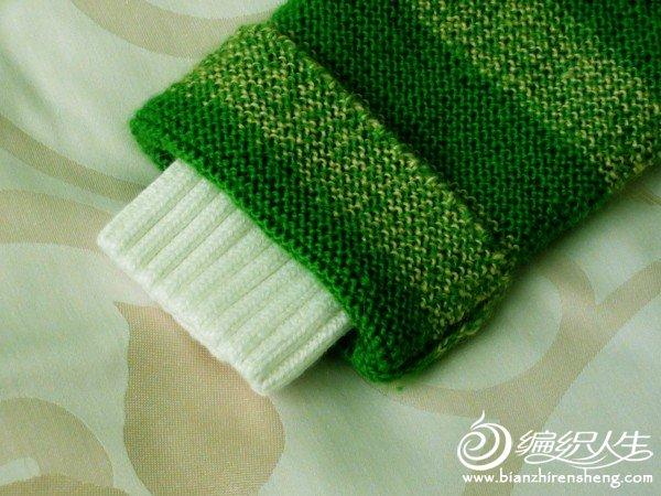 细节图4:袖口织长一些挽上去,衣物多穿一年也不会短。