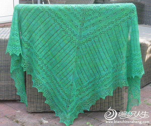 Cathedral%20Shawl%20by%20Asami%20Kawa%20SCAN%20PDF.jpg
