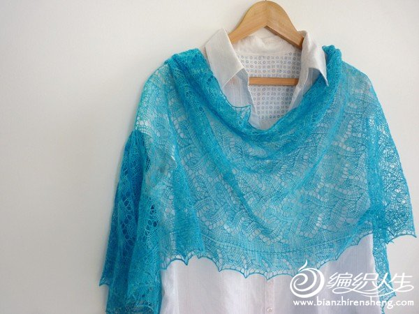 Addi%20Rectangular%20Shawl%20by%20Madeline%20Wardrobe.jpg