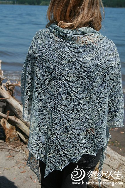 Kiwassa%20Shawl%20by%20Chrissy%20Gardiner.jpg