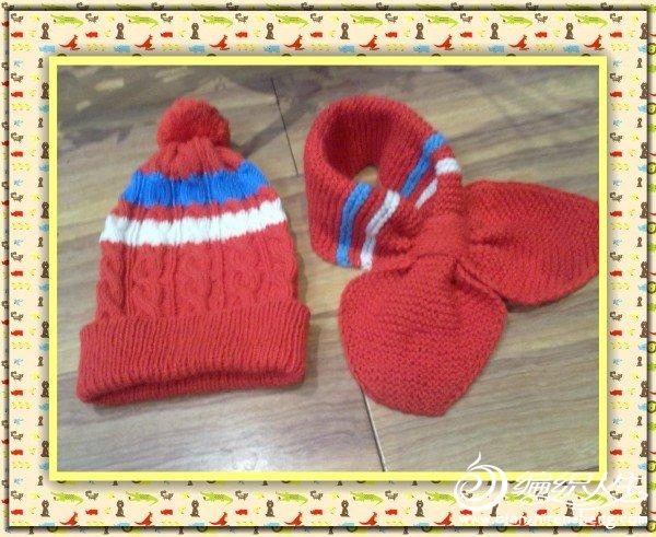 这是给宝宝织的帽子和围巾
