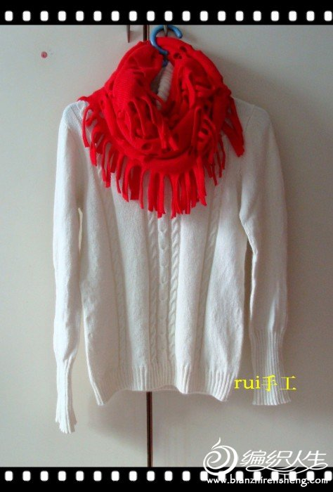 与红围巾配5.JPG