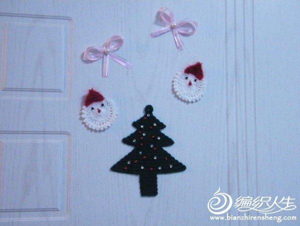 门上的圣诞树.jpg