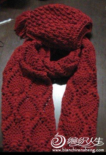 红色帽子围巾.jpg