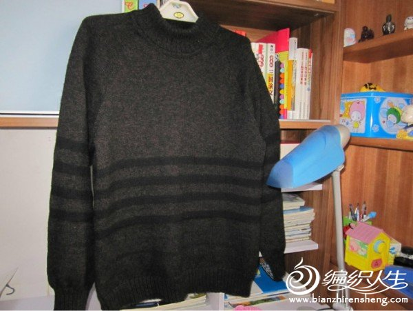 黑色毛衣2.jpg