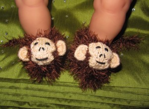 baby-monkeyboots-knitting-pattern-by-madmonkeyknits3-300x219.jpg