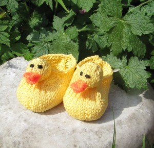 BABY-RUBBER-DUCK-SHOES4-300x290.jpg