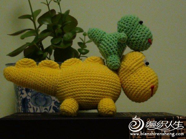 恐龙母子 (2).JPG