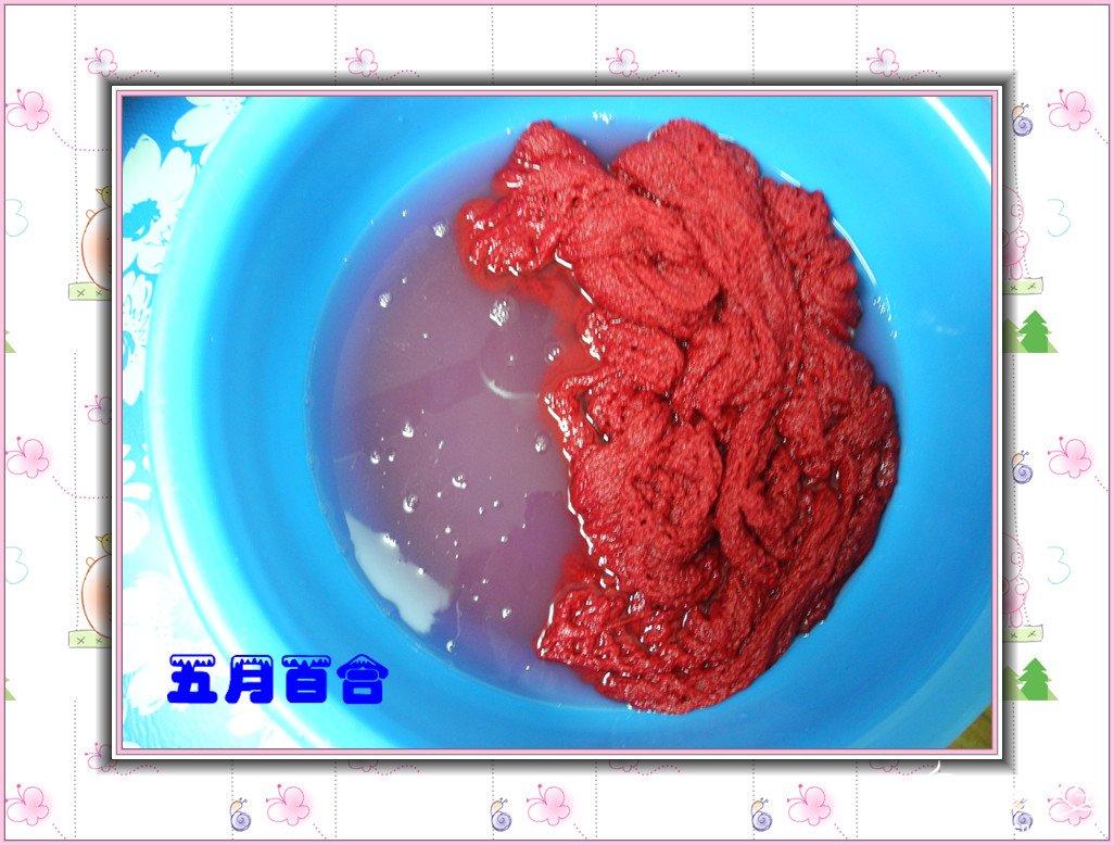红围巾缩绒.jpg
