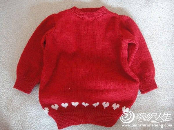外甥女的红色小毛衣