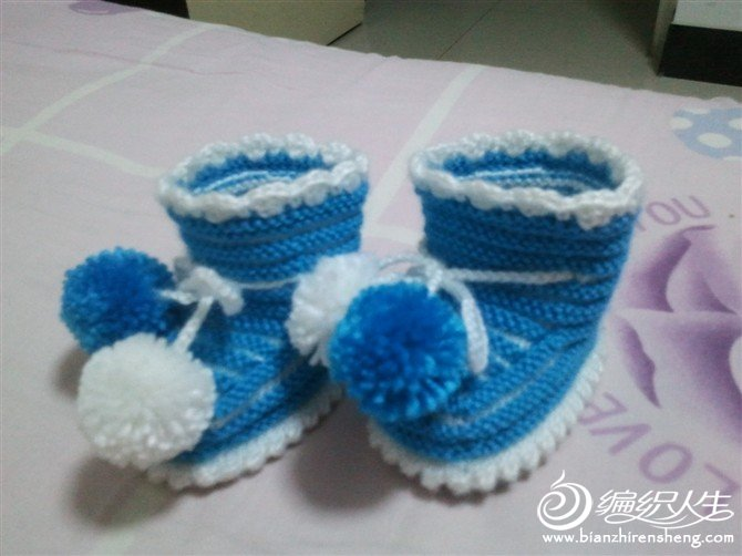 给朋友家宝宝织的鞋子2