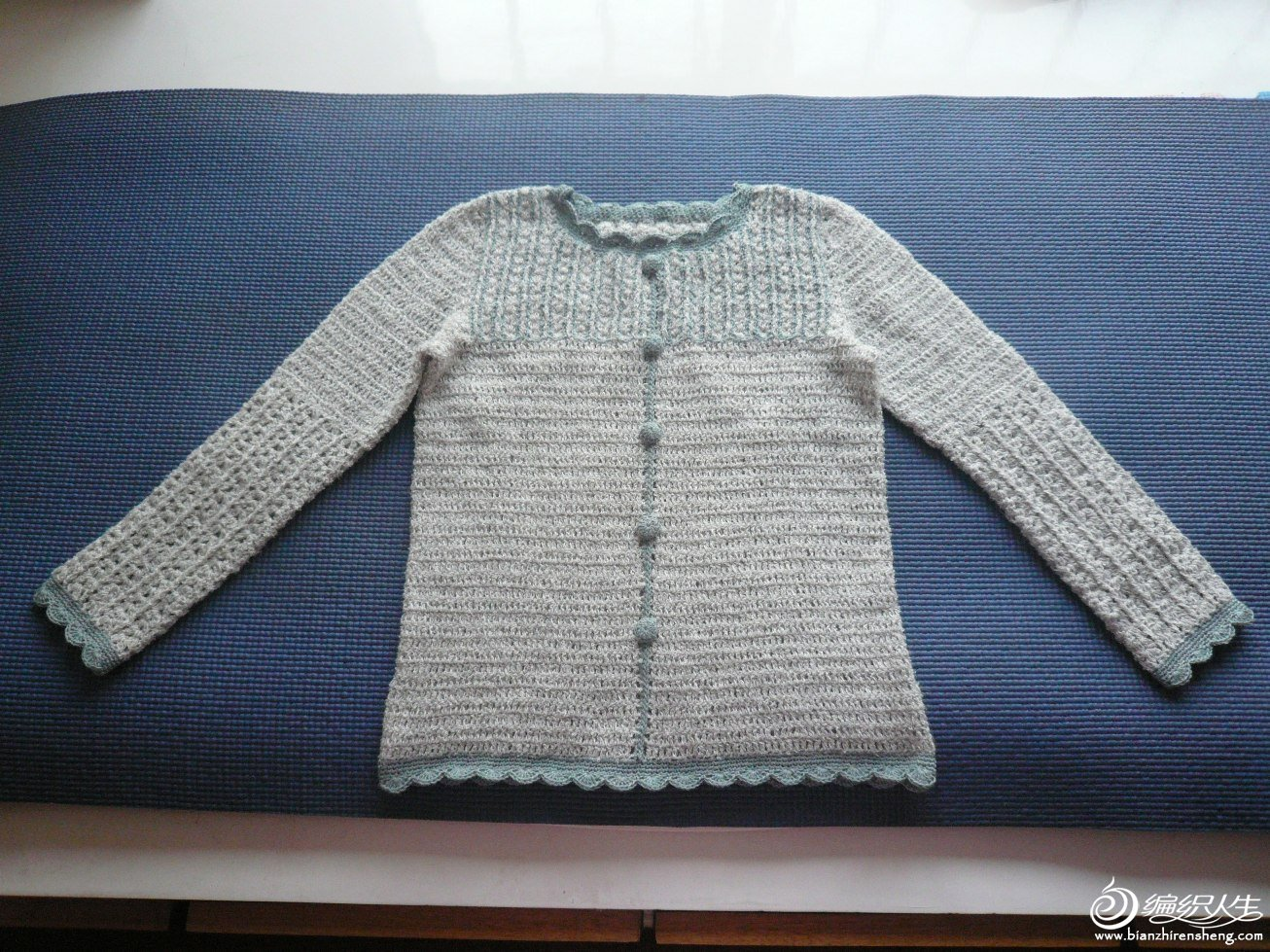 女儿的钩针长袖(珠兰兔毛,边边是羊毛棉) (1).JPG