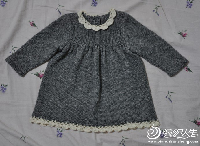 宝宝的娃娃裙