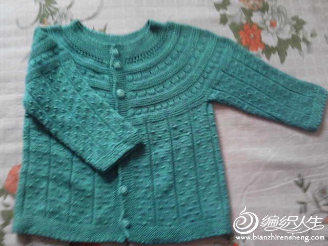 从上往下织毛衣——一款好看的宝宝棉线衣