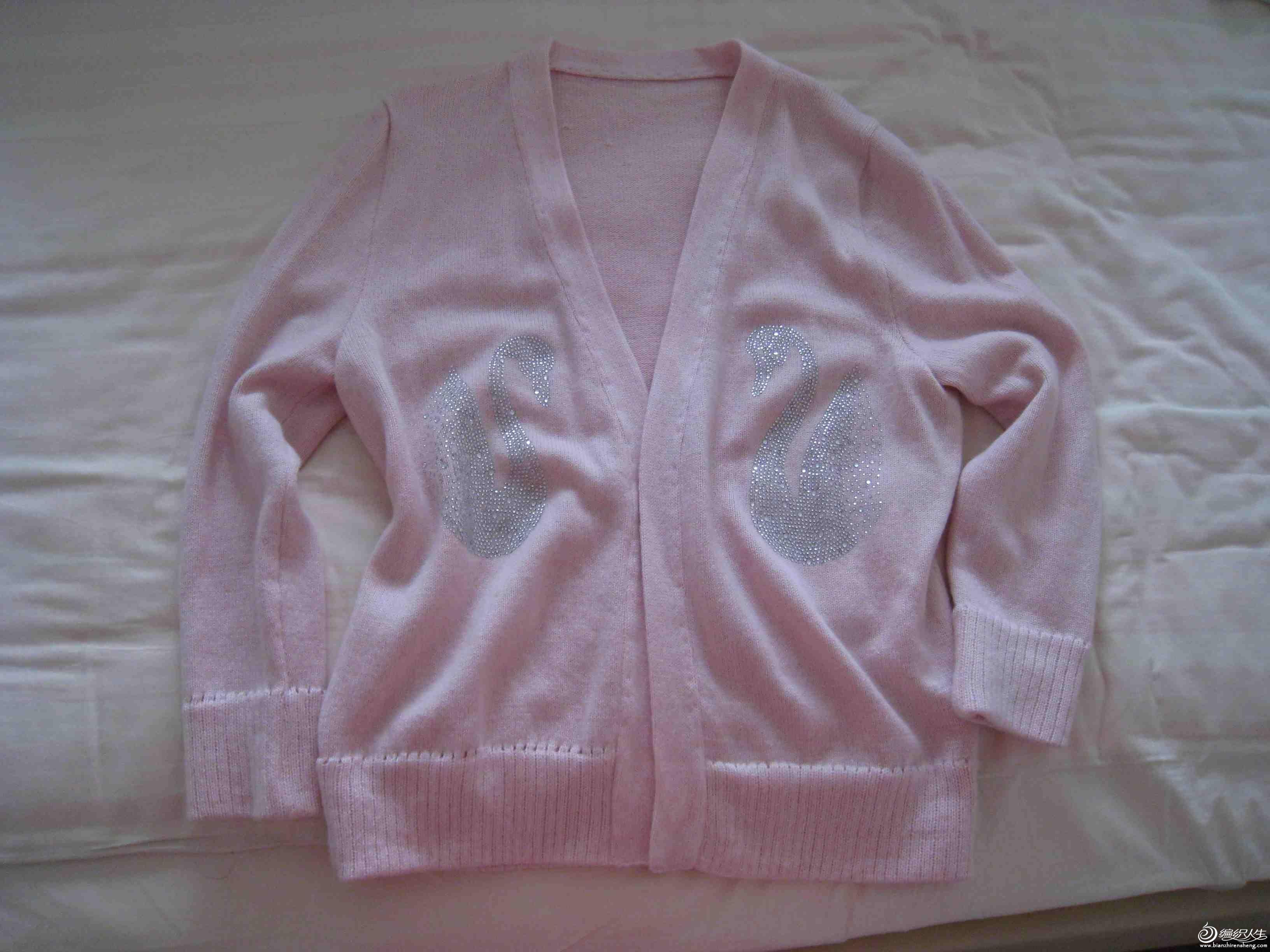 粉红羊绒衫1.jpg
