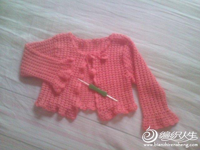 钩针三天完工的5岁女童小披肩 高清图片