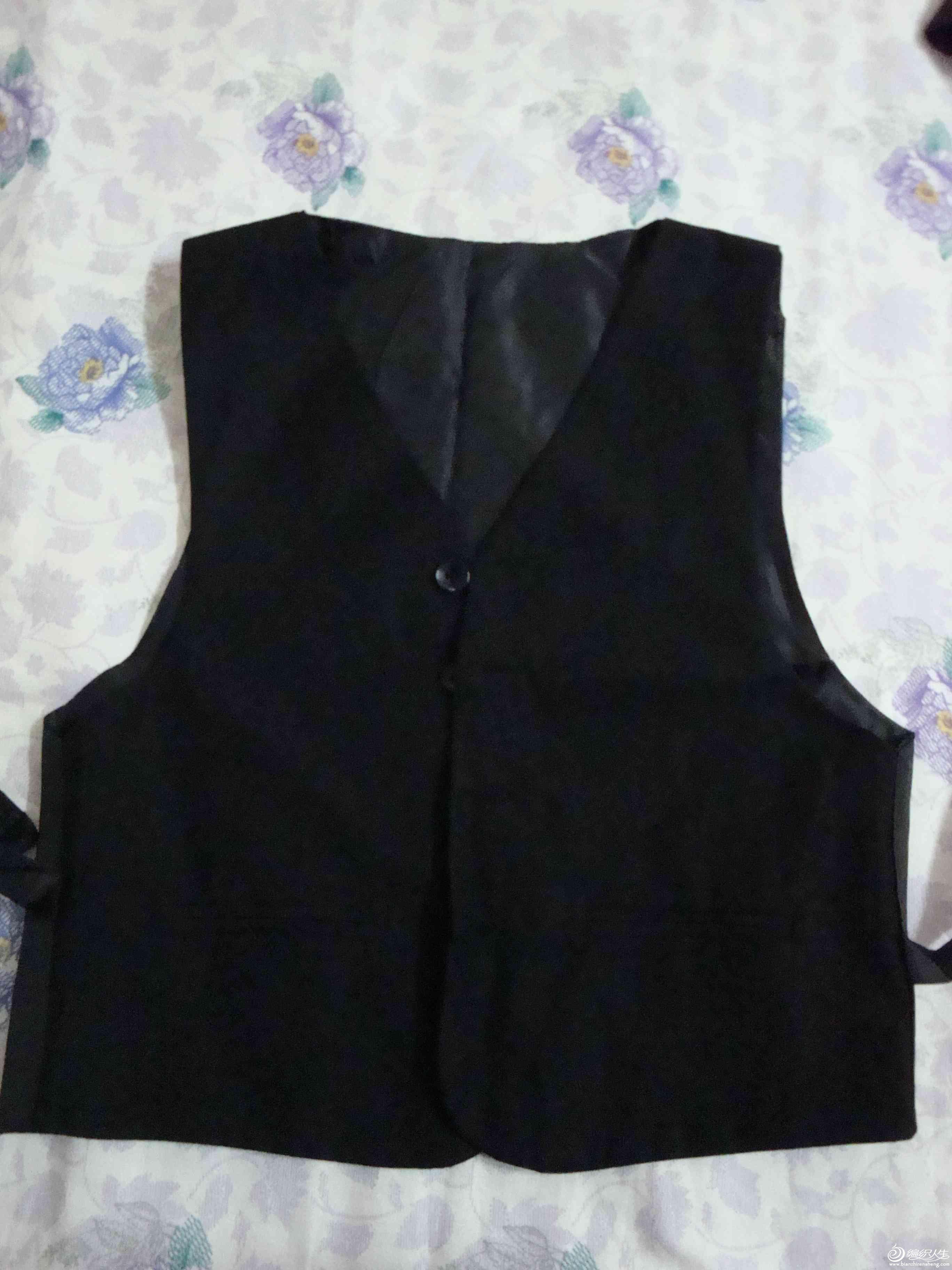 礼服4.JPG