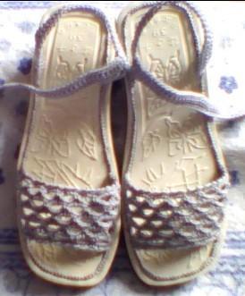 凉鞋.jpg