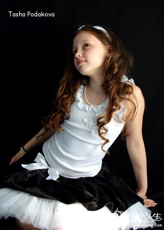 花童裙黑白3.jpg