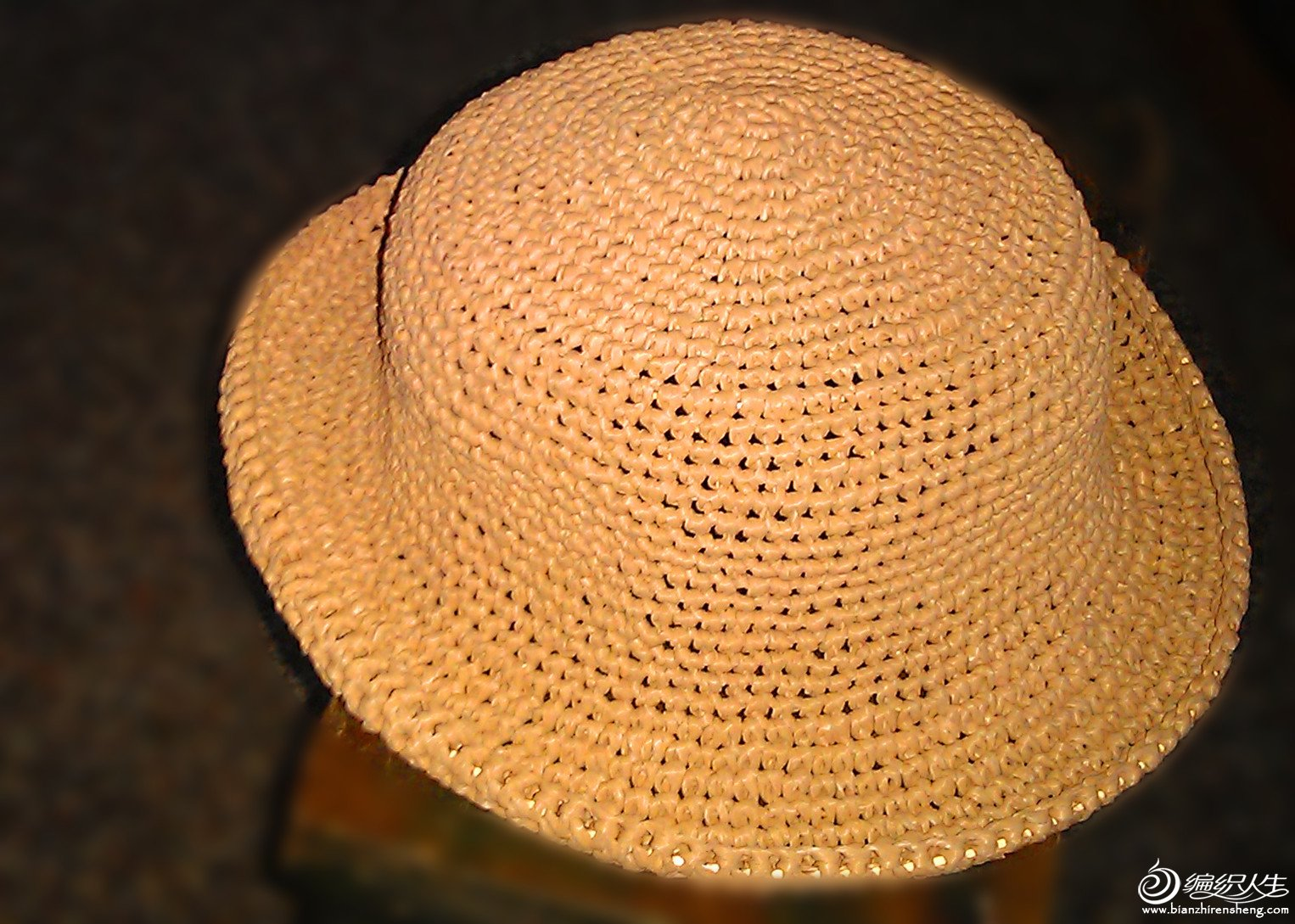 新钩的帽子