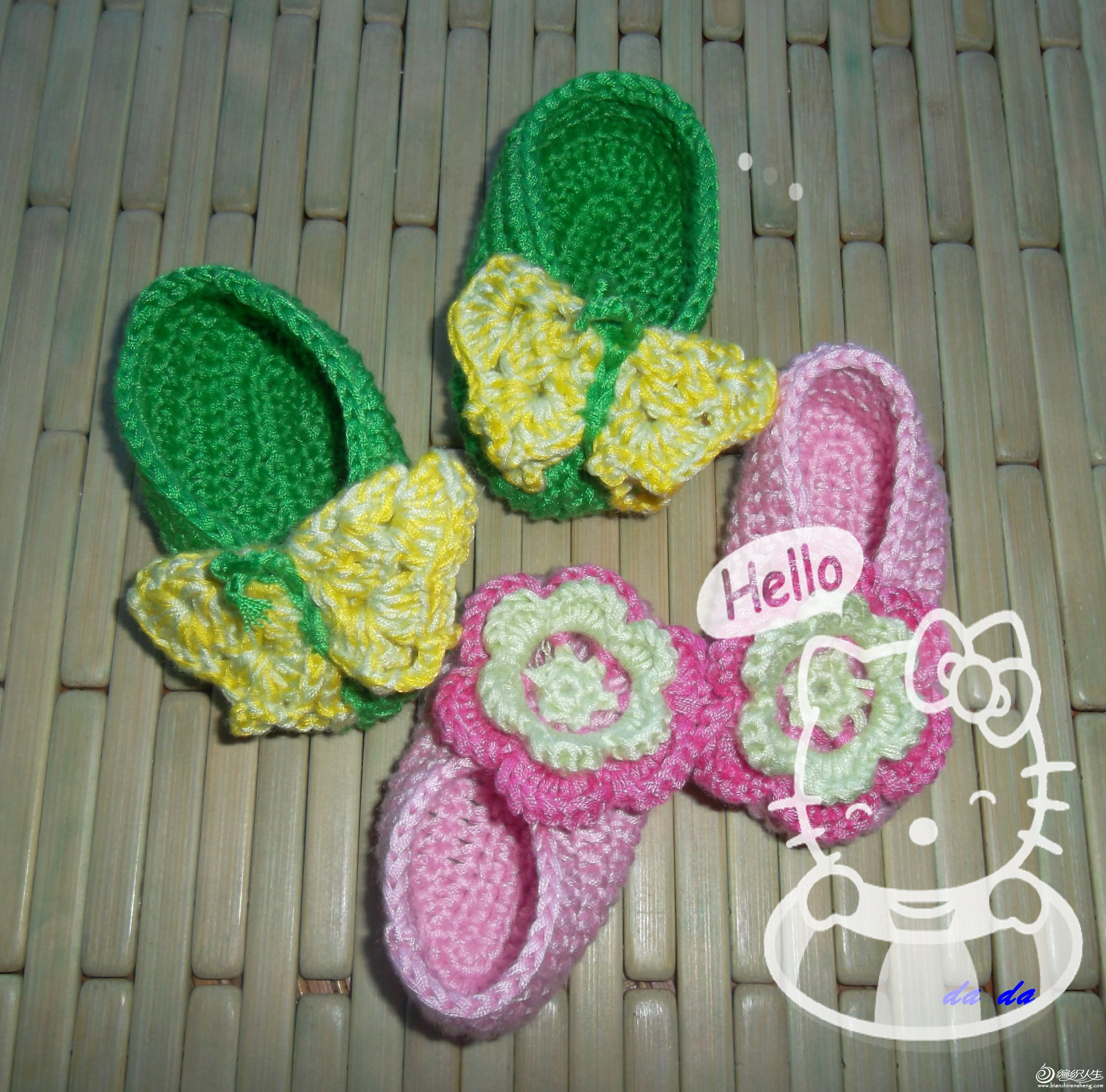 花和蝴蝶是美丽的象征,祝他们的宝宝也越来越美丽
