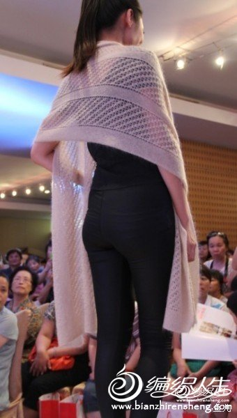 小马海围巾.jpg