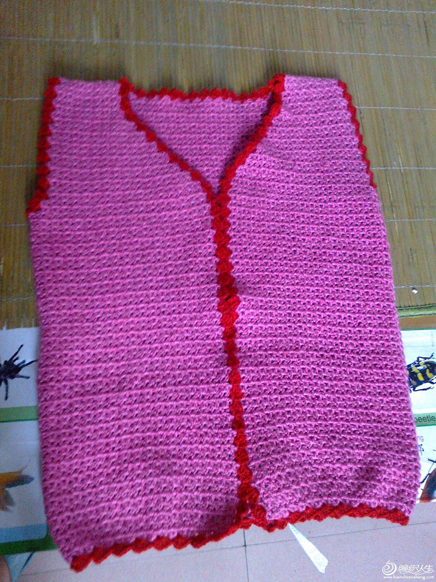 婆婆的毛衣,因为婆婆比较年轻长年在外头所以我就挑了这个线.jpg