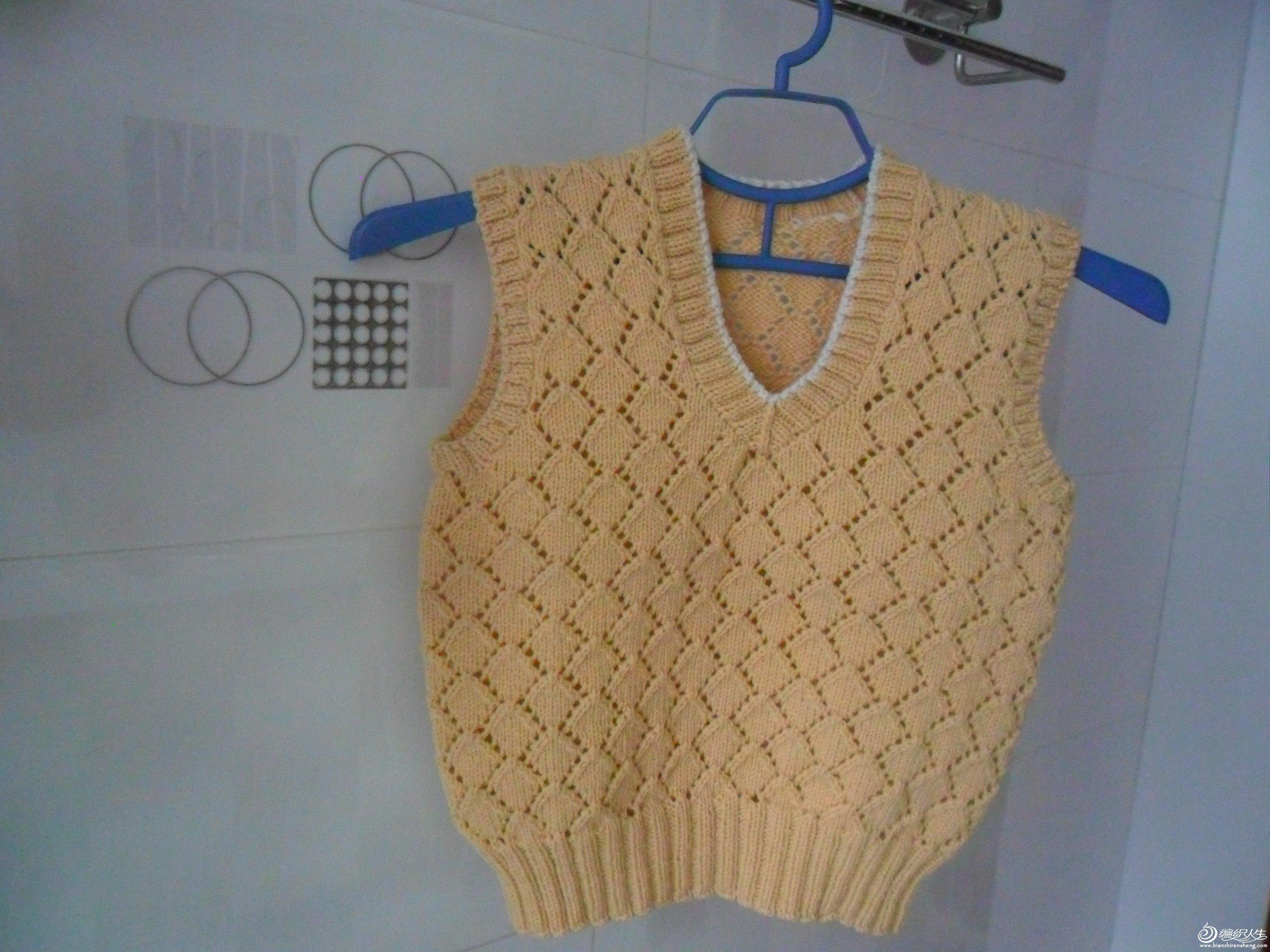 2-------降价转让手工编织的毛衣及背心
