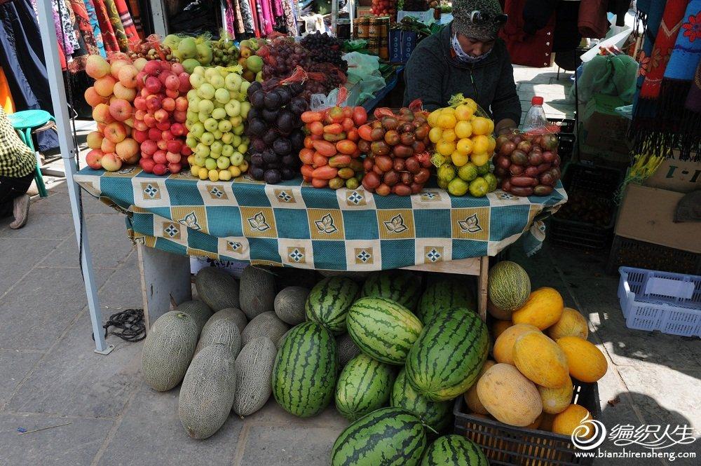 25,那里的水果很好吃。.jpg