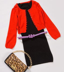 红色羊绒短外套.jpg