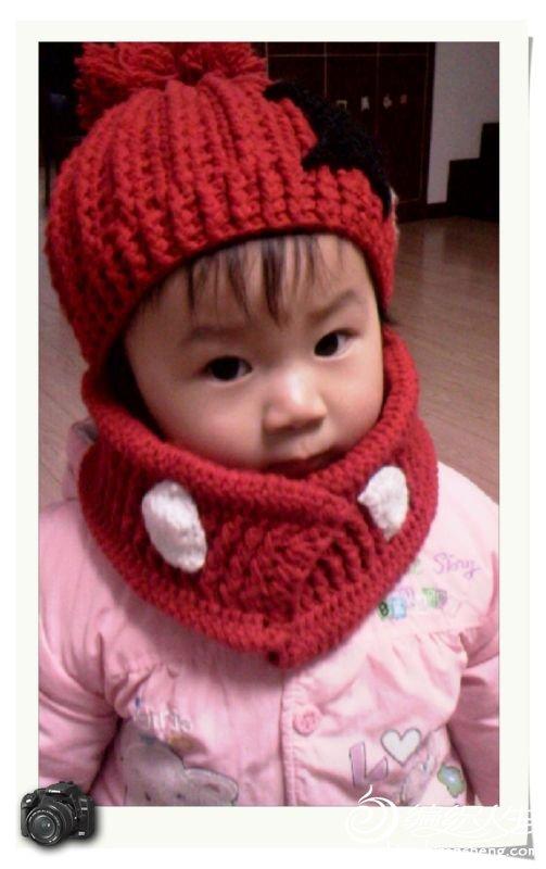 瞳娘的帽子围巾是自己想着钩的