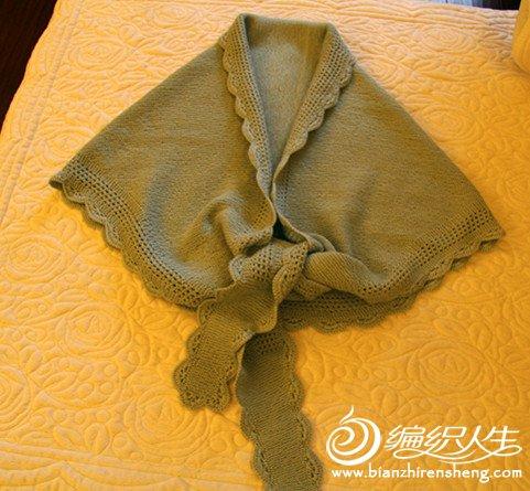 这是给妈妈织的一款围巾也可以作披肩