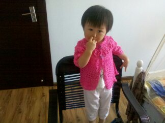 我家宝宝2岁,衣衣有点大,袖子短了点。