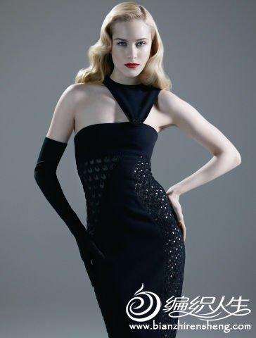 versace-crochet-gown.jpg