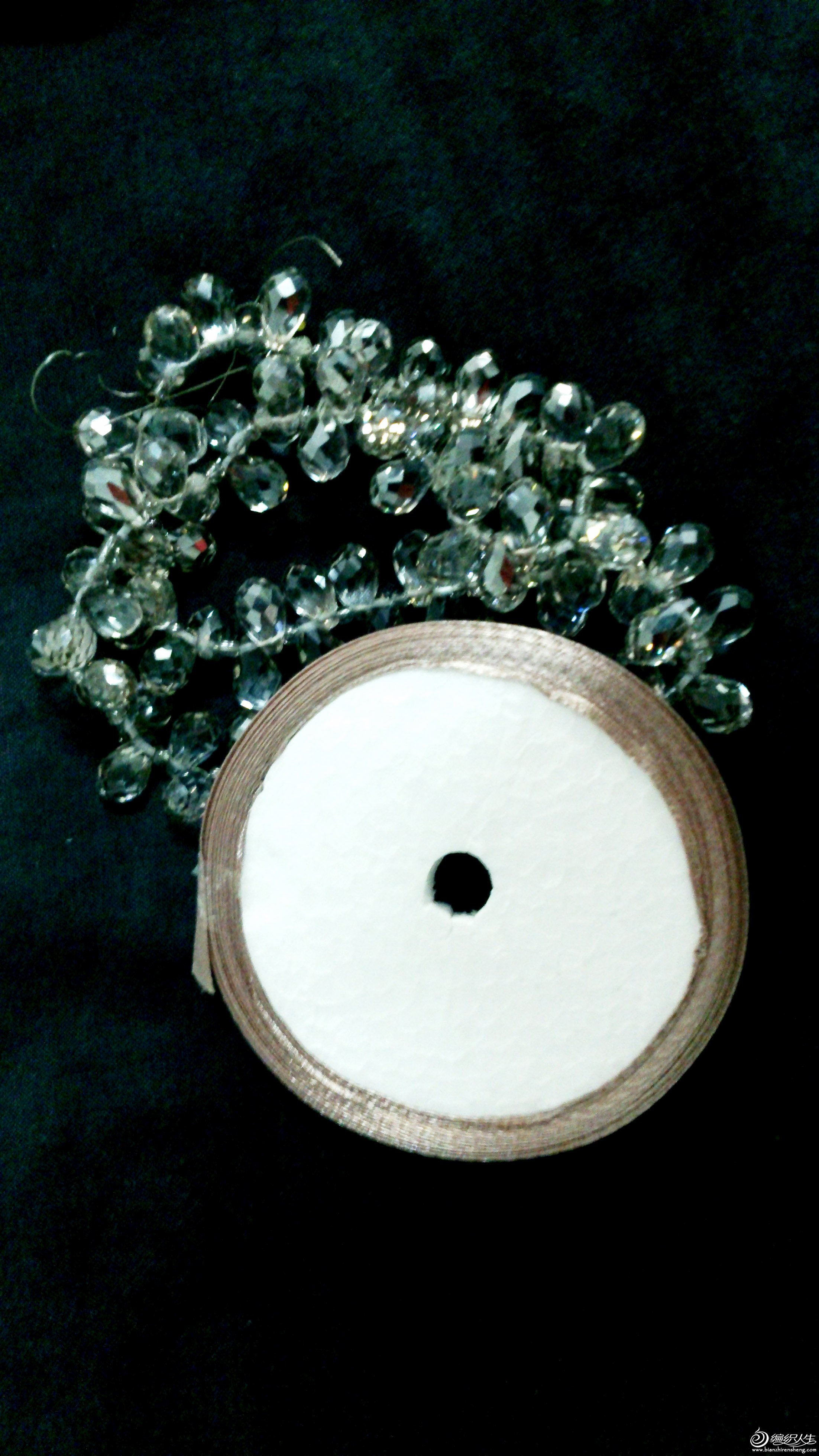 辅料,水晶50一串大概100个,丝带1元一轴的浅豆沙色